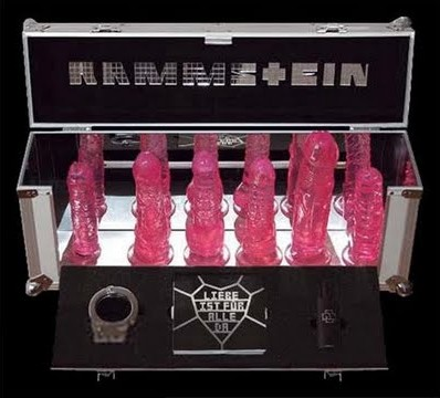 RAMMSTEIN-Liebe_ist_für_alle_da-deluxe_box